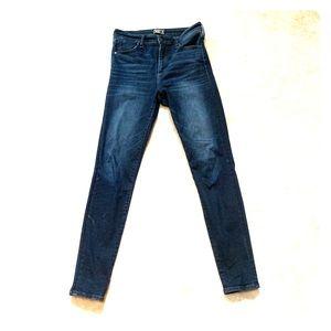 Abercrombie Skinny Jeans in Dark Wash